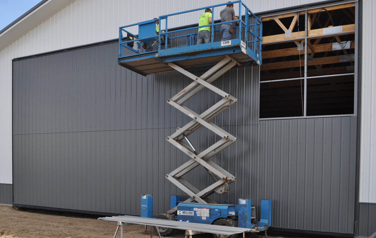 Hydraulic door installation